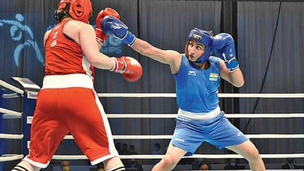 Tokyo Olympics Boxing: Pooja Rani storms into quarter-finals, just one win away from assuring medal thumbnail