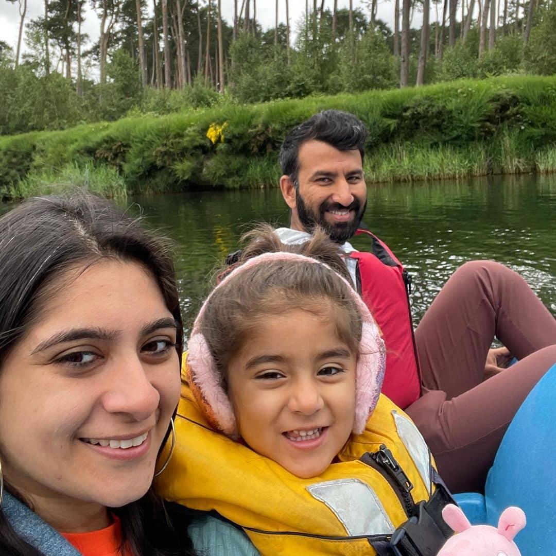 Cheteshwar Pujara with family