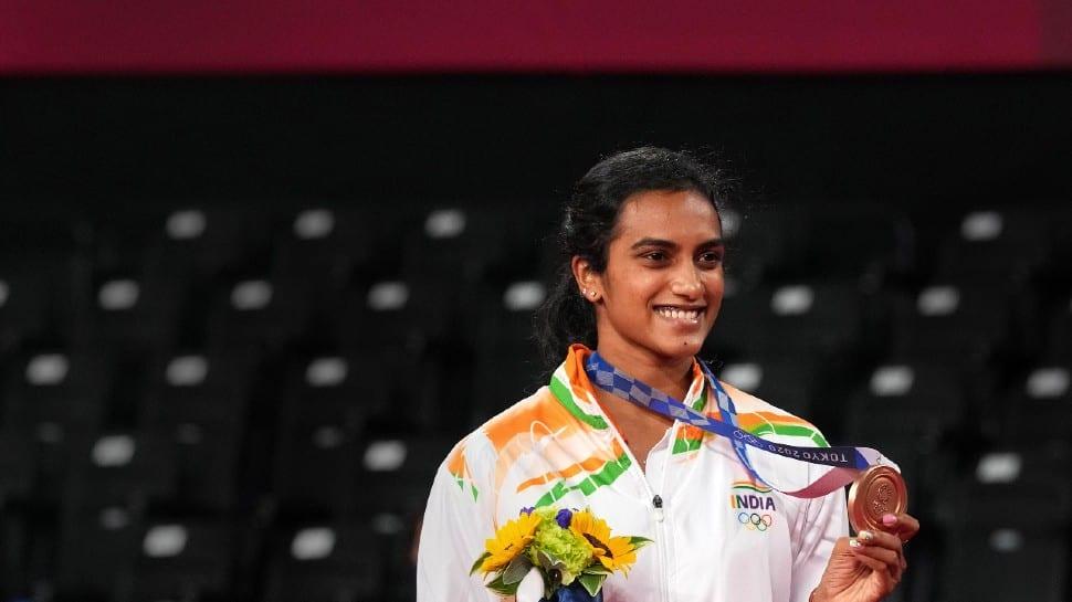 Tokyo Olympics: Abhinav Bindra pens touching note for history-maker PV Sindhu