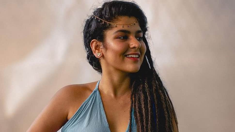 Taarak Mehta's Sonu aka Nidhi Bhanushali's bold photoshoot makes fans ask 'Ye Tappu Ne Sikhaya Hoga'