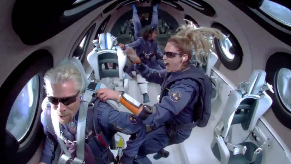 Virgin Galactic is offering 2 flight tickets to space for free! Check offer, flight price, other details