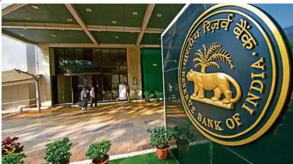 Starting October 1, RBI to levy penalty on ATMs that run out of cash