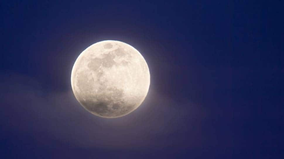 Rare 'seasonal blue moon' to light up the sky this weekend, know more here thumbnail