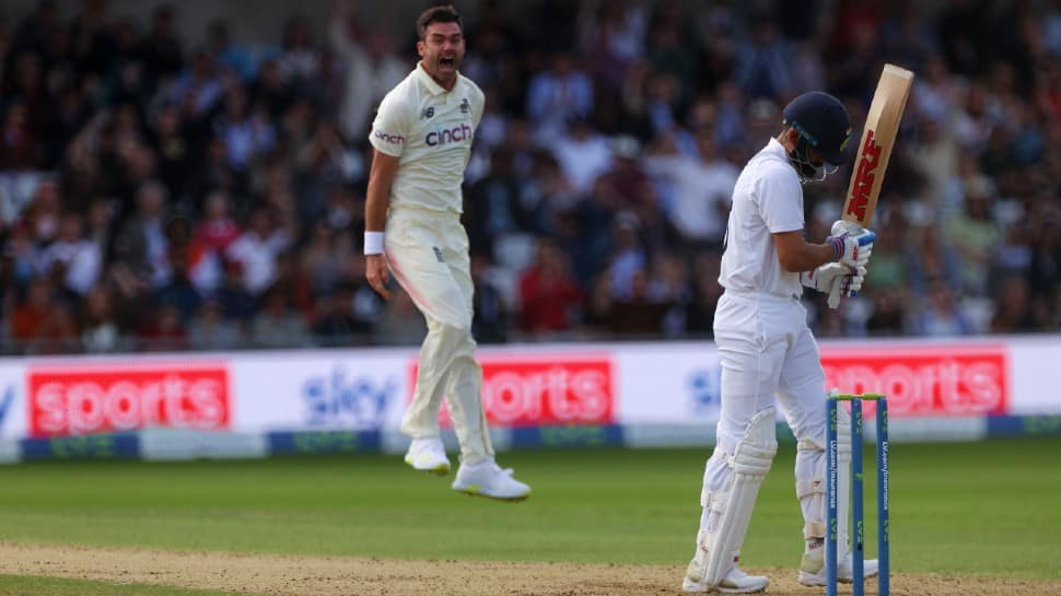Happy retirement Kohli! England's Barmy Army taunt skipper after another cheap dismissal