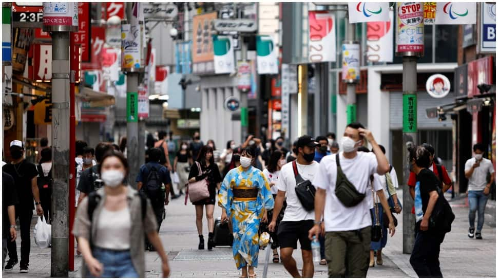 Japan extends emergency curbs in Tokyo after country struggles with fifth wave of coronavirus