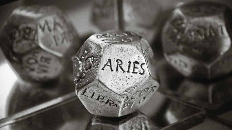 Horoscope for September 14 by Astro Sundeep Kochar: Practice self-reflection Arians, good day to take risks Librans