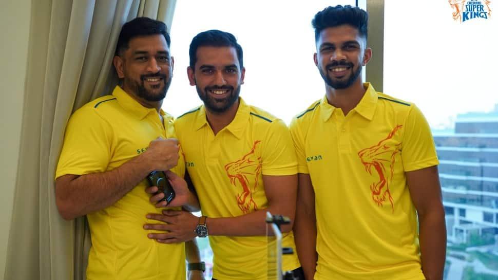 Chennai Super Kings skipper MS Dhoni with teammates Deepak Chahar (centre) and Ruturaj Gaekwad in the UAE. (Photo: CSK)