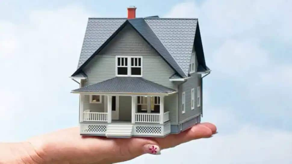 SBI festive bonanza: Home loans rates slashed to 6.70%, 0% processing fee, offers for non-salaried borrowers thumbnail