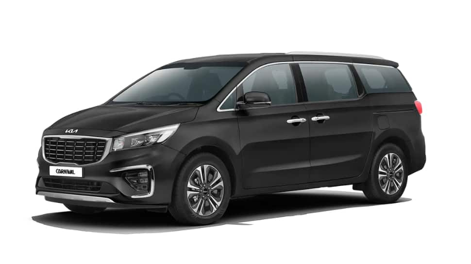 Kia launches updated Carnival with price starting at Rs 24.95 lakh: Check features, specs thumbnail