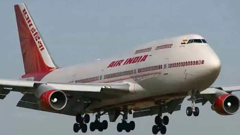 Air India sale: Tata, SpiceJet chief Ajay Singh put in financial bids thumbnail