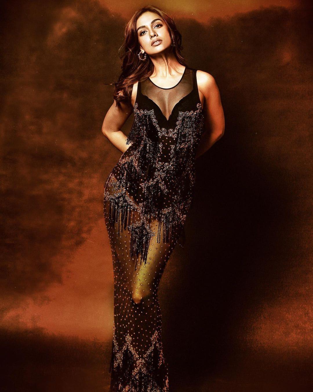 Divya Agarwal raises the mercury in a black embellished dress