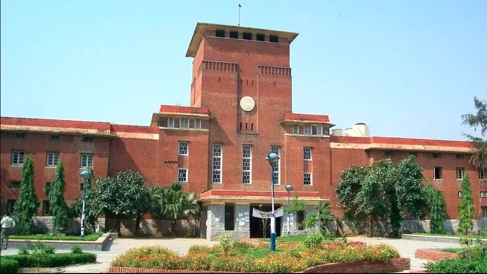 Delhi University`s first cut-off list likely to be announced on October 1 thumbnail