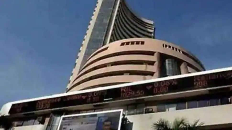 Nifty, Sensex open higher as metal, banking stocks gain thumbnail