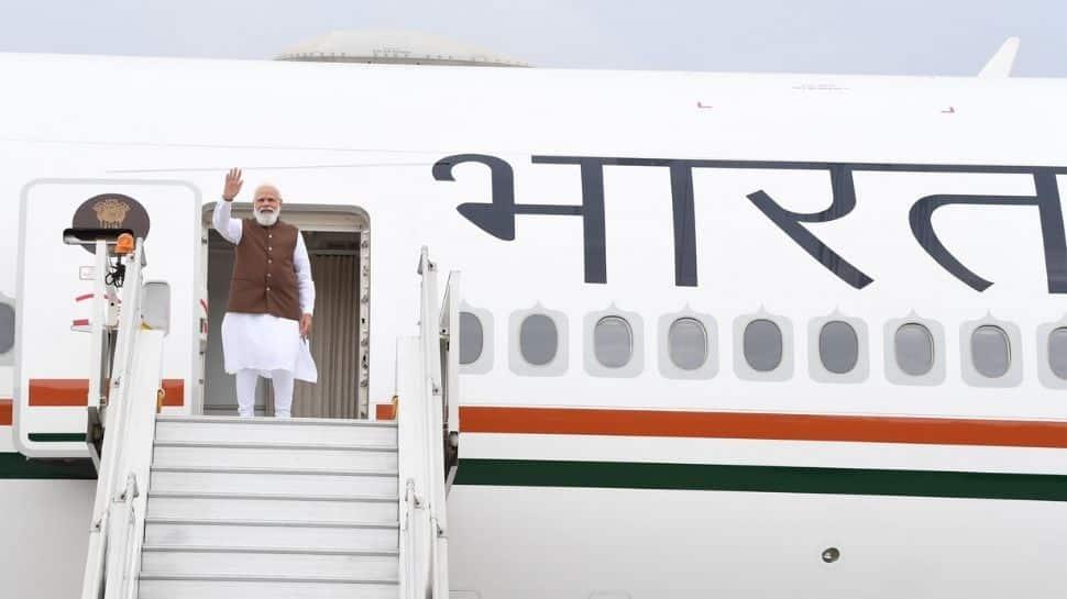 PM Narendra Modi uses Pakistan airspace en route to US thumbnail