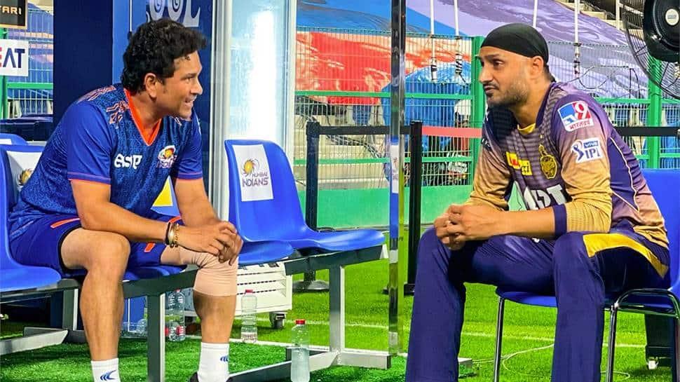 IPL 2021: 'Sachin Sachin' chants engulf Abu Dhabi stadium, disturbs Mumbai Indians skipper Rohit Sharma thumbnail