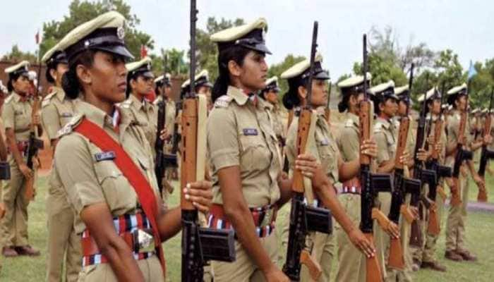 Maharashtra police reduces duty hours for women constables to help balance home life thumbnail