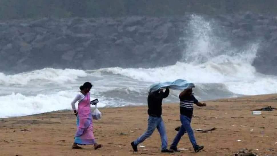 India's eastern coast braces for Cyclone Gulab, IMD issues yellow alert for Odisha, Andhra Pradesh thumbnail