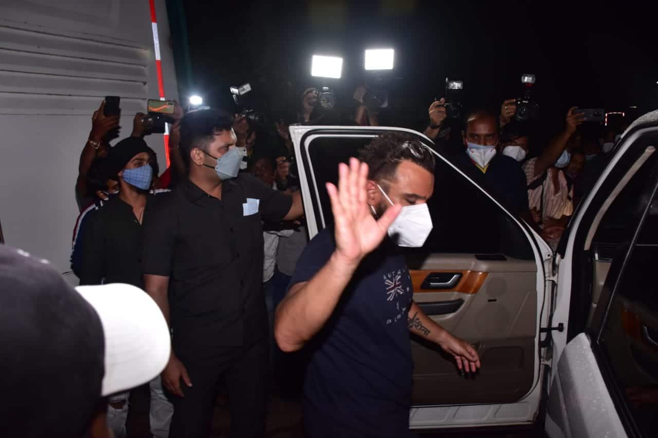 Saif Ali Khan spotted in Goregaon