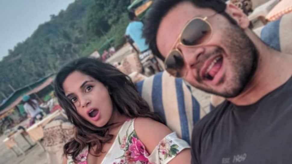 Richa Chadha loses temper on troll saying, 'your marriage will won't last like Aamir Khan' thumbnail
