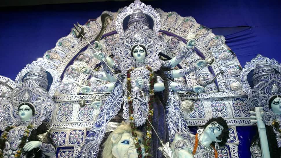 Navratri 2021 Day 8: Worship Maa Mahagauri on Durga Ashtami, know mantras to chant thumbnail