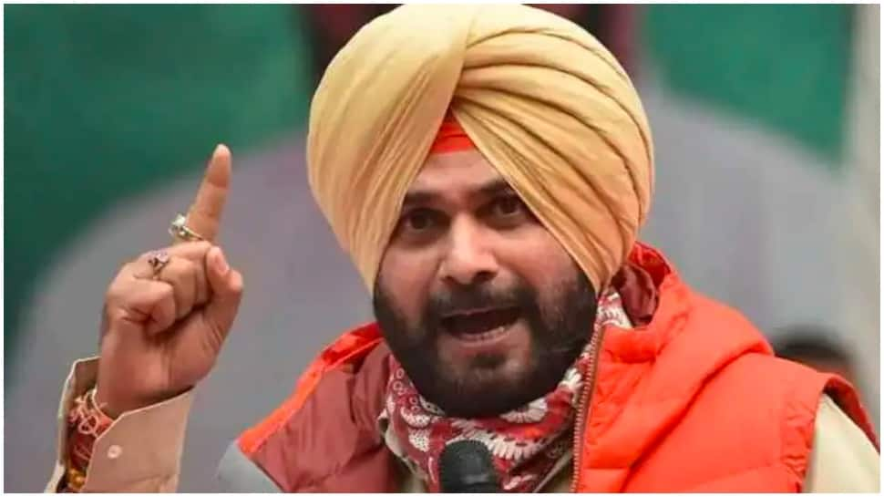 Navjot Singh Sidhu continues to be a troublemaker