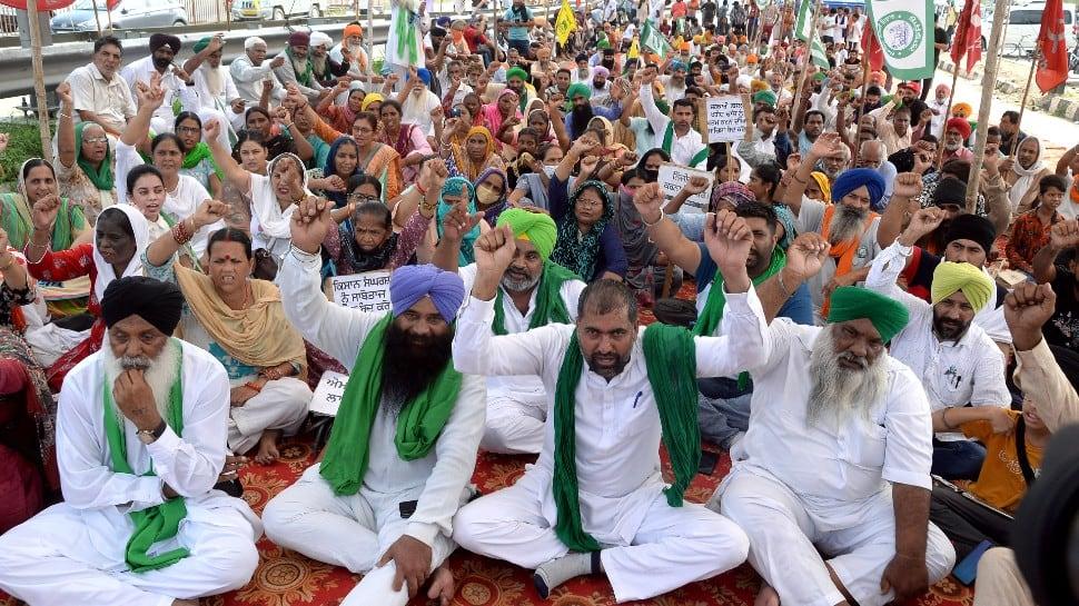 SKM condemns Singhu border murder, suspects conspiracy against movement thumbnail