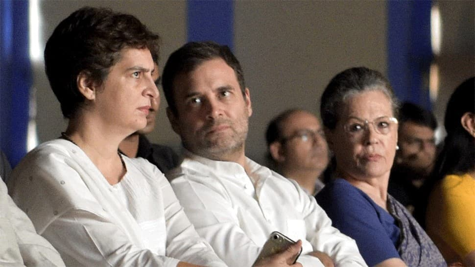 Rahul Gandhi or not, CWC must find a new President, shed sycophancy thumbnail