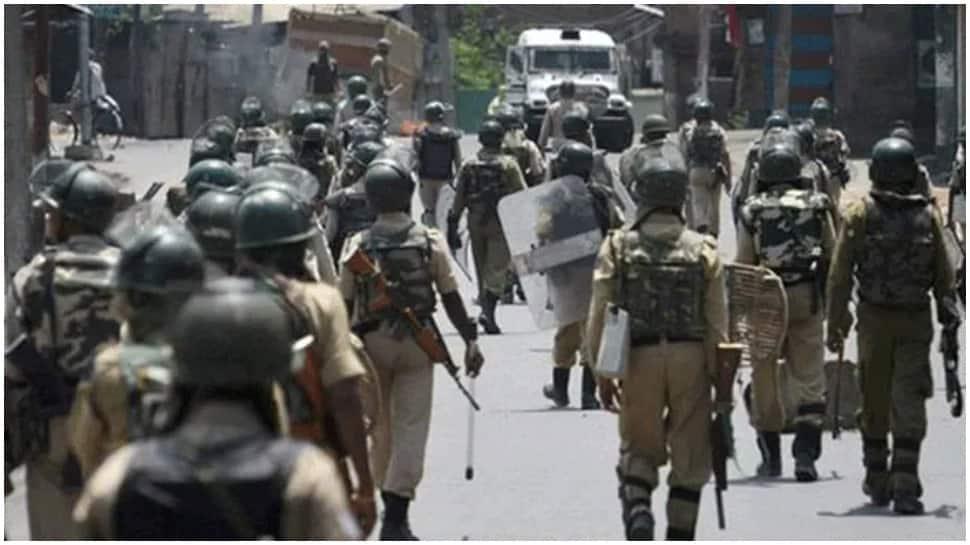 J-K: Militants kill street vendor from Bihar in Srinagar, injure one from UP in Pulwama thumbnail