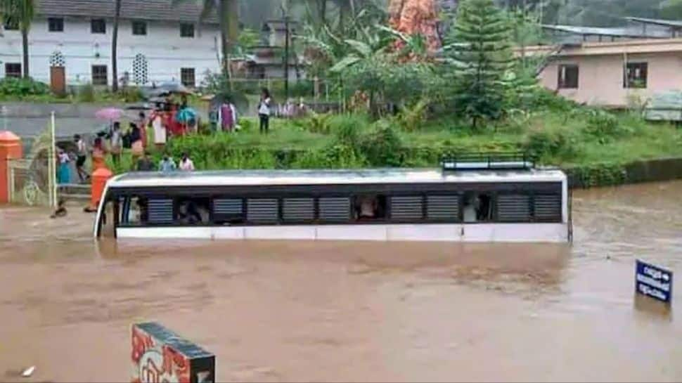 At least 6 dead, many feared missing after Kerala rain triggers floods, landslides; IAF assistance sought thumbnail
