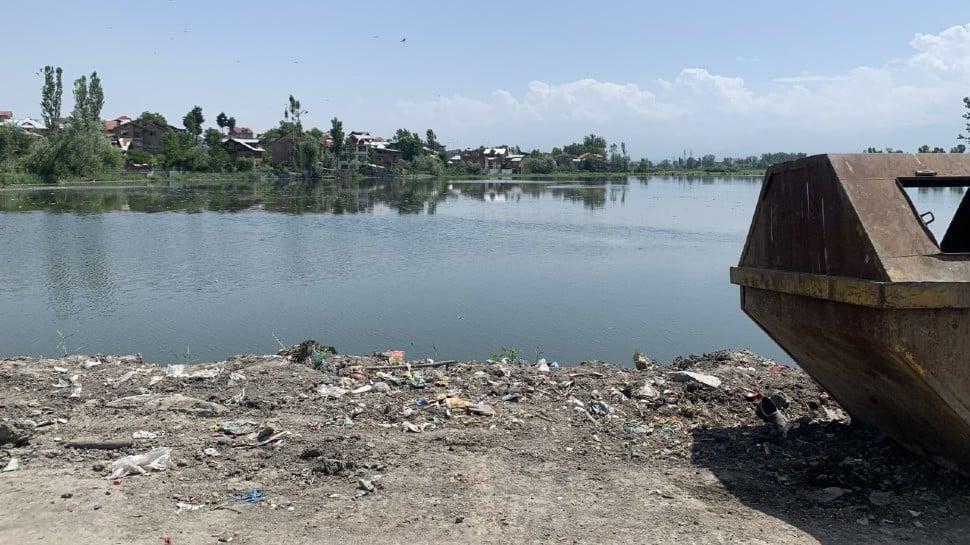 Body of missing Indian fisherman retrieved, two others remain in Sri Lankan custody thumbnail