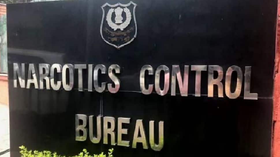NCB seized drugs worth Rs 16 lakh in Mumbai, 2 held thumbnail