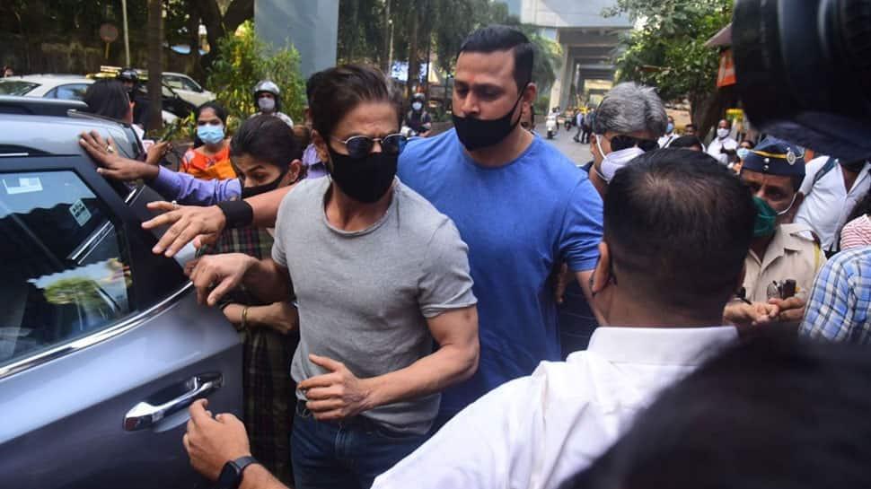 Shah Rukh Khan rushes to Arthur Road Jail to meet son Aryan Khan ahead of bail hearing – Watch video