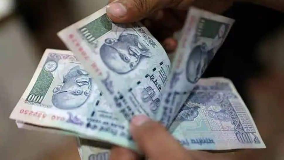 7th Pay Commission DA hike: Here's how much salary you will get after 3% increase thumbnail