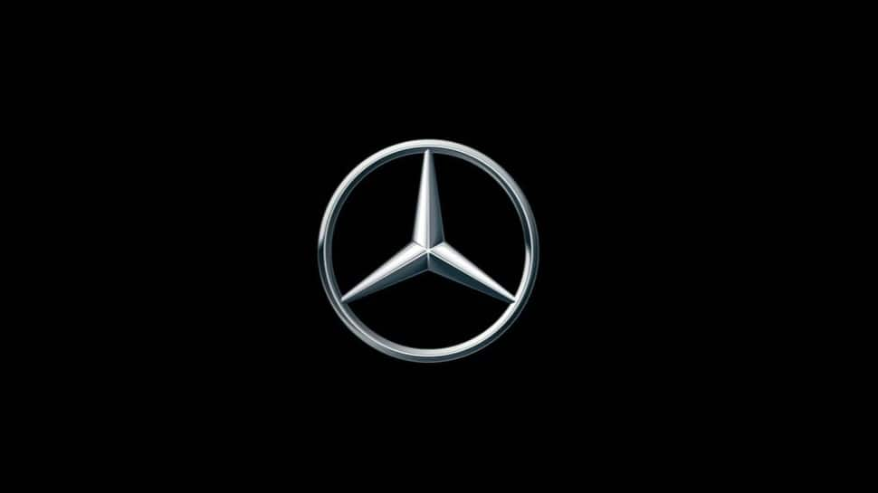 Mercedes-Benz initiates 'direct to customer' vehicle sales model in India under 'Retail of the Future' thumbnail