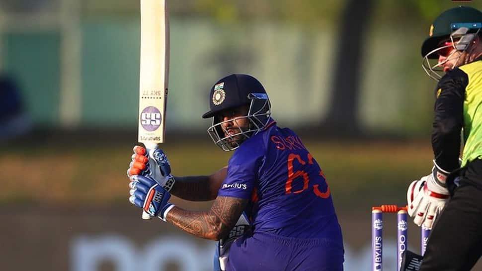 India vs Pakistan T20 World Cup 2021: Suryakumar Yadav will be threat for Pakistan, says Wasim Akram thumbnail