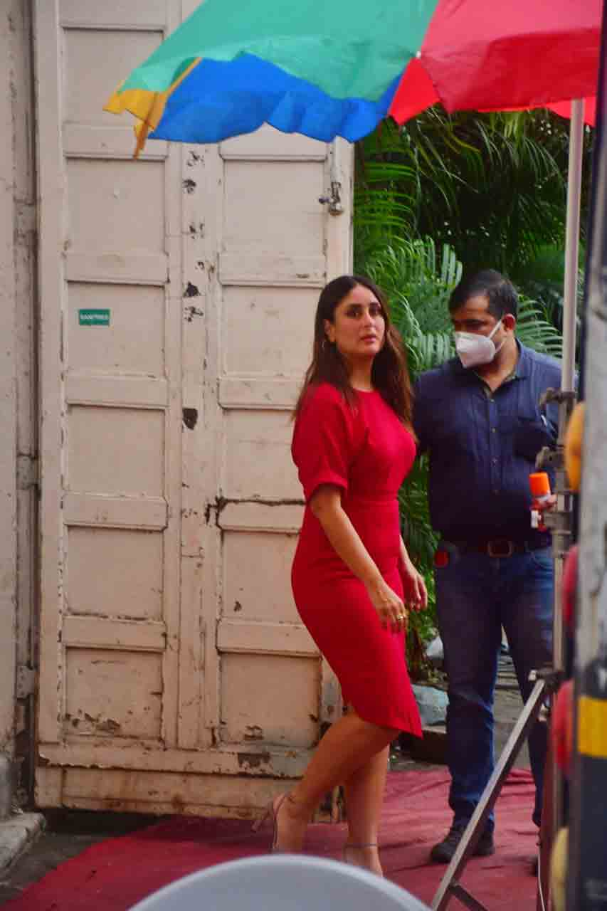 , Kareena Kapoor Khan paints the town in romantic red in this monotone outfit, looks stunning,