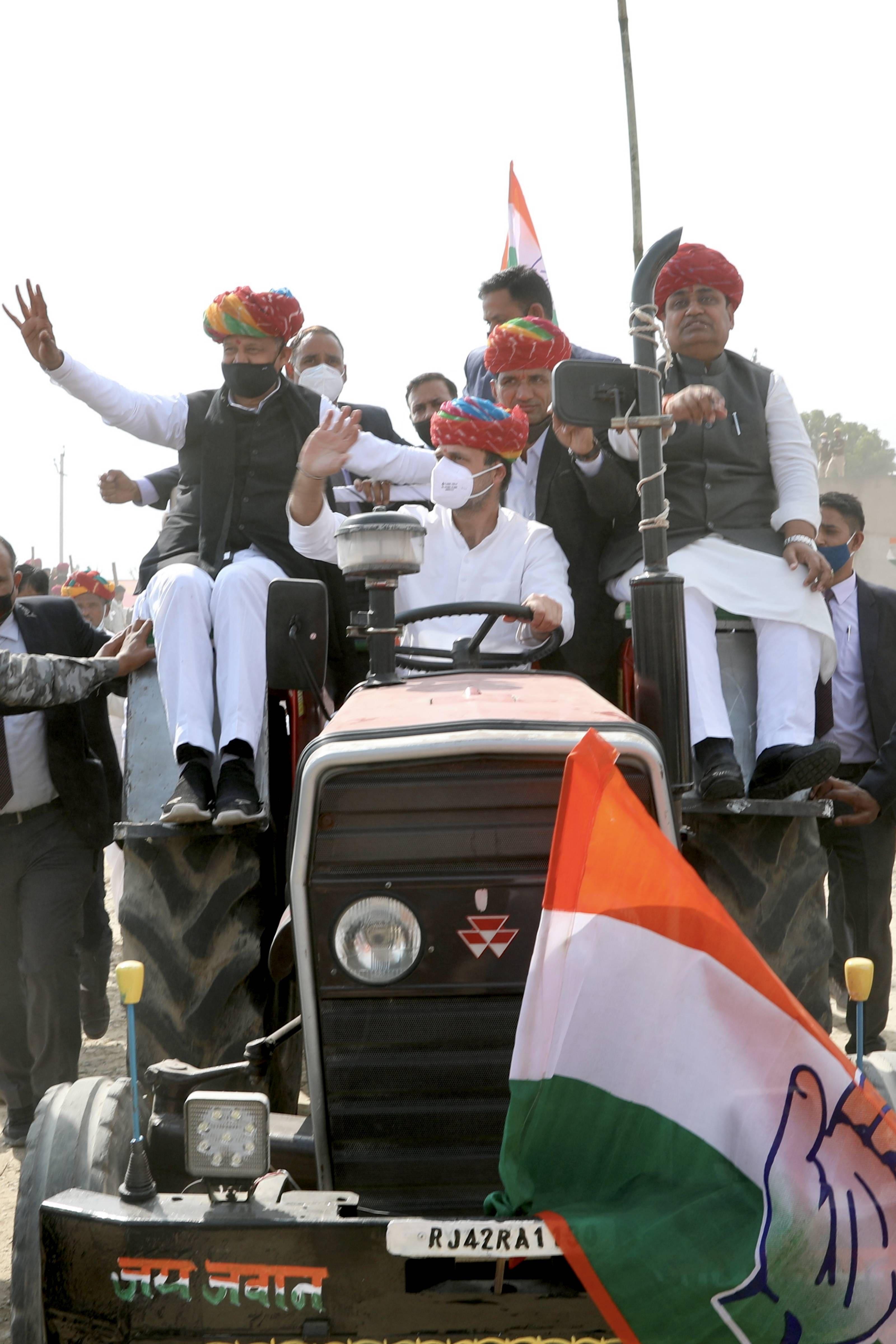 Rahul Gandhi in Rajasthan with Chief Minister Ashok Gehlot and Govind Singh Dotasra