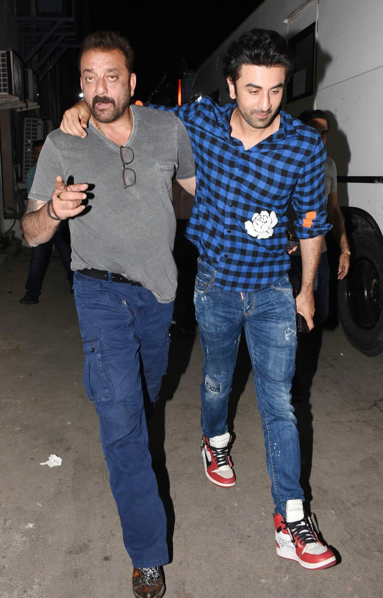 Ranbir Kapoor, Sanjay Dutt hug it out, to shoot ...
