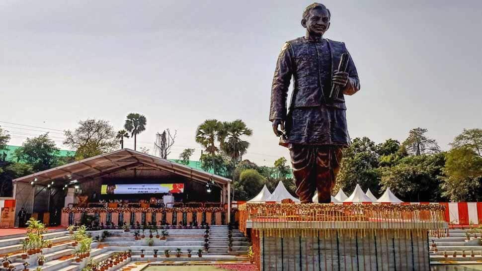 Narendra Modi, Varanasi, Deendayal upadhyaya