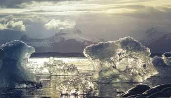 Antartica melting away at alarming rate, scientists worried