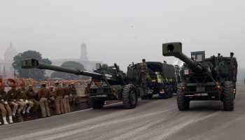 OFB gets Defence Ministry's nod for producing 114 long-range artillery gun 'Dhanush'