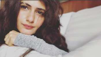 Have you seen Fatima Sana Shaikh's 'fake smile'? Check this pic