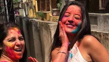 Monalisa spends Holi with 'dada and family'—See pics