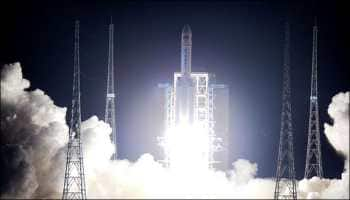 China first country in launching rocket from sea