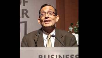 Who is Abhijit Banerjee, the Indian-American who won the Nobel Prize in Economics
