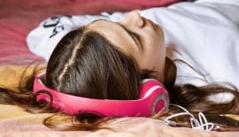 COVID-19 lockdown anxieties take toll on sleep cycles of people: Medical experts