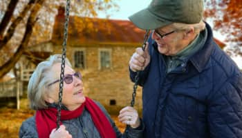 Older adults most likely to make effort to help others