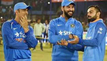 MS Dhoni and Virat Kohli's fans attack Yuvraj Singh online for THIS reason