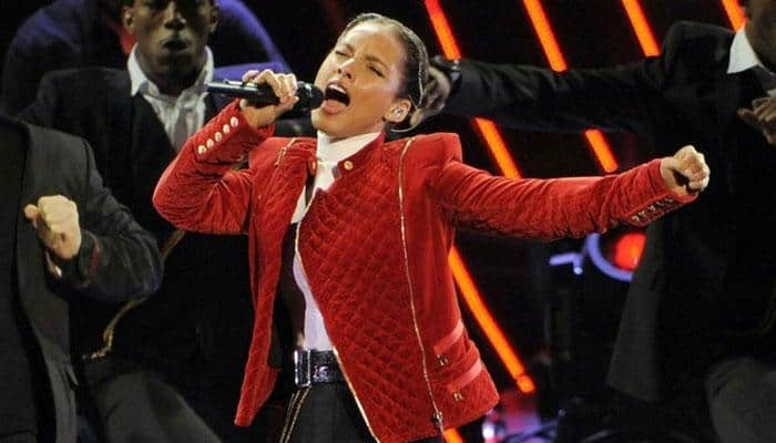 Alicia Keys' due date is New Year's Eve