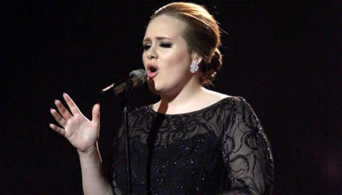 Adele digging gold: Earns 80k pounds a day